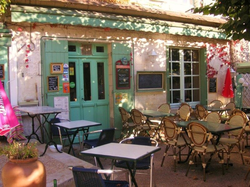 Cafe in Bourdeilles